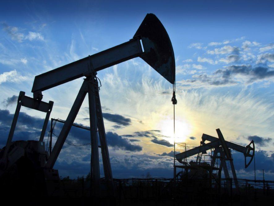 Поставка нефти из России выросла в США и Великобританию