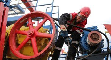США и Россия рассматривают сокращение нефтедобычи